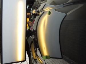 BMWのデントリペア施工前