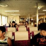 東京湾フェリー船室内