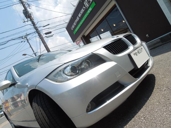 BMW 323iのデントリペア